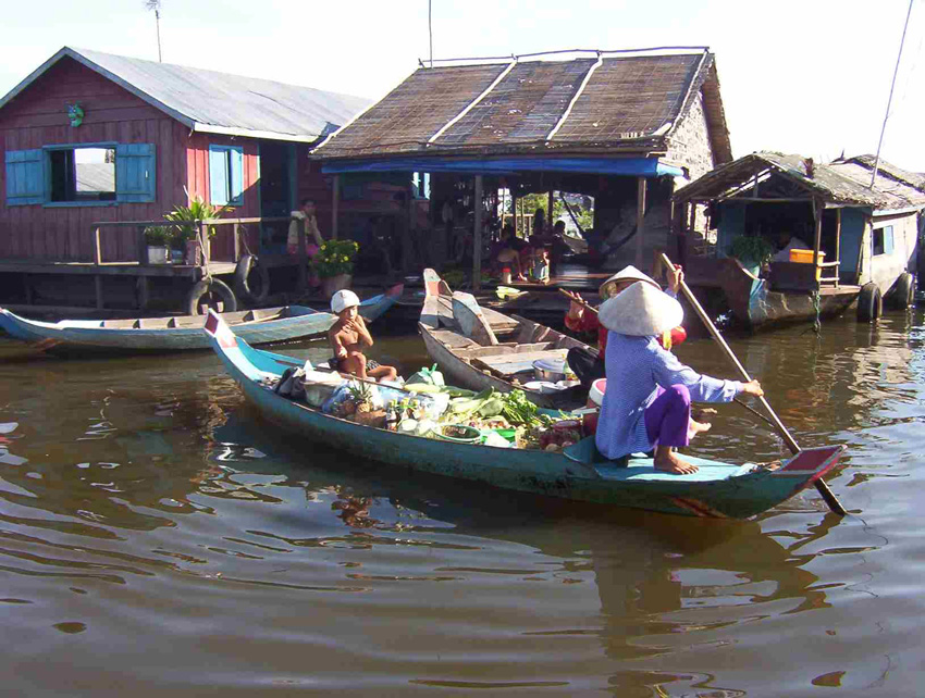 Siem Reap Floating Vilage of Vietnamese