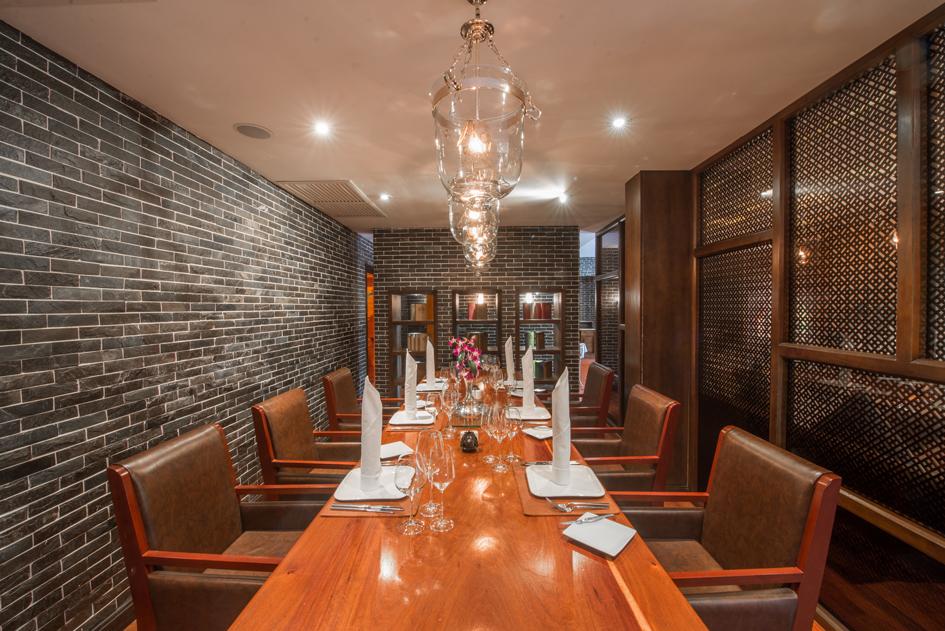 Damnak Lounge Fine Dining 1