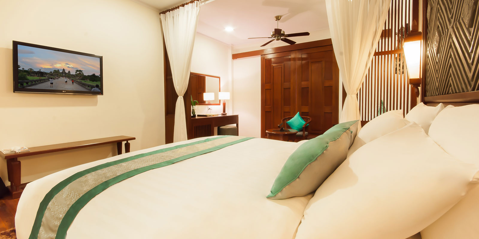 Landmark Double & Room Amenities at Lotus Blanc Resort