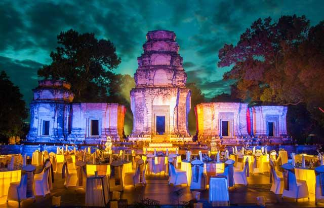 dinner-temple