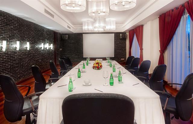 lotus-meeting-room-5